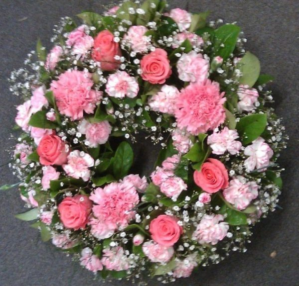 Wreath Roses and Carnations